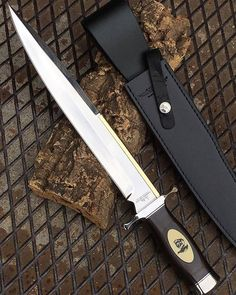 The Expendables II Toothpick knife by @hibbenknives @coltelleriacollini  Buy www.knives.it ——————————- #theexpendables #coltello #coltelli #knife #knives #bowie #survivalist #militarylife #knivesweekly #knifecommunity #expendables #edt #tactical...
