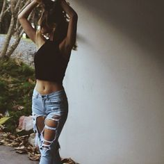 http://styleaddict.com.au/clothing-en/all-clothing/distressed-boyfriend-jeans.html