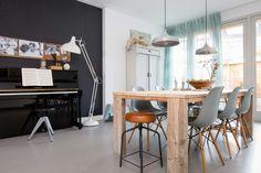 Zwarte wand bij Charlotte en Jochem uit aflevering 1, seizoen 6 | weer verliefd op je huis | Make-over door: Frans Uyterlinde | Fotografie Barbara Kieboom