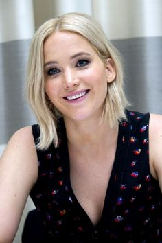 Jennifer Lawrence is America's sweetheart ❤︎ love her new look!