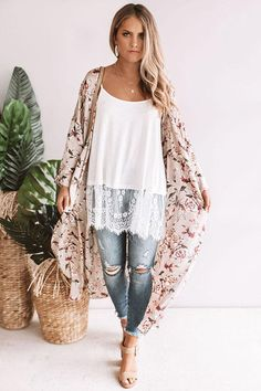 Shop our stylish selection of cute & cozy women's cardigans & discover the most affordable & adorable cardigans of the season! Boho Outfits, Fashion Outfits, Woman Outfits, Night Outfits, Dinner Outfits Women, Wet Seal Fashion, Rehearsal Dinner Outfits, Boho Fashion, Autumn Fashion