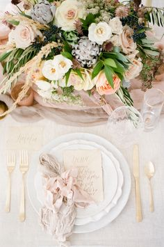 organic blush wedding inspiration - photo by Tamara Gruner Photography http://ruffledblog.com/organic-blush-wedding-inspiration