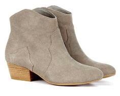 Kinda country but i like this new ankle boot trend
