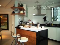 Conforto e estilo em um lindo 3 quartos no Luxemburgo! #àvenda Com suíte, 2 vagas, lazer completo e uma bela vista! Visite o imóvel. Agende com nossos consultores: 3247-1000 ou entre no site www.ximenes.com.br com o código 33484 #ximenes #imóvel #decoração #cozinha