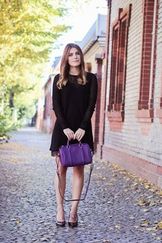 Magdalena from Hoard of Trends spotted with her SC Handbag.