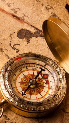 Vintage Compass iPhone Wallpapers