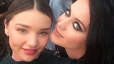 Orlando Bloom's Girlfriend Katy Perry Hangs With His Ex-Wife Miranda Kerr at Moschino Show - http://thisissnews.com/orlando-blooms-girlfriend-katy-perry-hangs-with-his-ex-wife-miranda-kerr-at-moschino-show/
