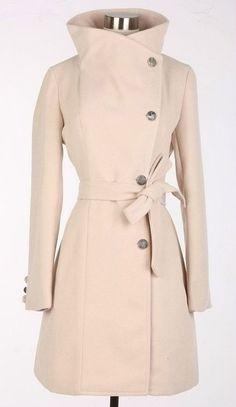 Beige Wool Jacket Women Coat - look elegant and stay warm this winter! Fashion Mode, Womens Fashion, Dress Fashion, Fashion News, Mode Inspiration, Autumn Winter Fashion, Coats For Women, Dress To Impress, Winter Outfits