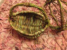 Sedge woven frame basket on willow Rustic Baskets, Weaving, Frame, Nature, Straws, Fiber, Picture Frame, Naturaleza, Loom Weaving