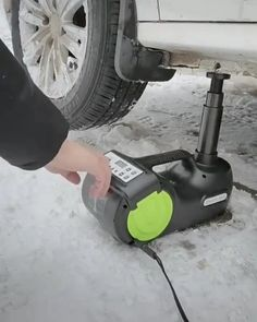 New Technology Gadgets, Car Gadgets, Home Gadgets, Gadgets And Gizmos, Garage Tools, Car Tools, Car Cleaning Hacks, Cool Gadgets To Buy, Cool Inventions