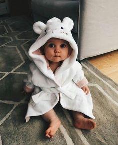 Cute Little Baby, Baby Kind, Cute Baby Girl, Little Babies, Baby Girls, Cute Babies, Baby Boy, Mom Dad Baby, Cute Family