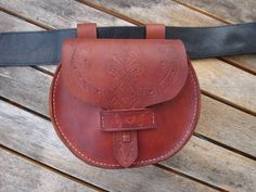Leather Pouch Bag. I want one for my Pirate Outfit