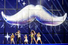 Comme chaque année à la même période, le bon goût musical (et vestimentaire) arrive sur France Télévisions avec l'Eurovision. «Euro» pour l'...