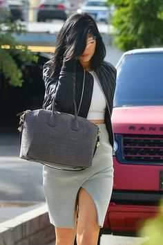 October 30, 2014 - Kylie arriving at the Andy LeCompte Salon in Beverly Hills.