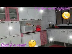 Como deixar o armário de aço branco e brilhando 😉 - YouTube Kitchen Cabinets, Youtube, Home Decor, Steel Cupboard, White Cupboards, White Shaker Kitchen, Kisses, Kitchen Small, Kitchen Cupboards