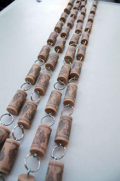 Wine Cork Garland from @Cindy Wooden Bee
