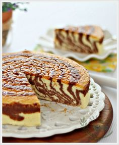 Soufflé Japanese Zebra Cheesecake by anncoojournal #Cheesecake #Souffle #Japanese