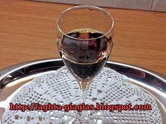 Τεντούρα η αυθεντική συνταγή Cinnamon Candy, Pastry Cake, Holiday Recipes, Red Wine, Cookie Recipes, Wine Glass, Smoothies, Alcoholic Drinks, Food And Drink