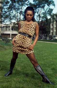 Eartha Kitt in a leopard-print dress and black boots. Eartha Kitt, Gone Girl, Classic Actresses, Beautiful Black Women, Old Hollywood, Style Icons, Two Piece Skirt Set, Style Inspiration, Instagram