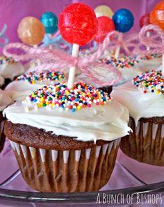 dumdum balloon cupcakes