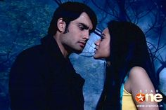 Piya questioning Abhay why they cant be together Vampire Love Story, Vivian Dsena, Cant Be Together, Katrina Kaif Photo, Tv Actors, Bro, Bollywood, Films, Childhood