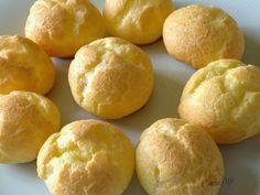 Al Caffè de la Paix: BIGNE' di pasta choux di Luca Montersino con crema chantilly e crema pasticciera
