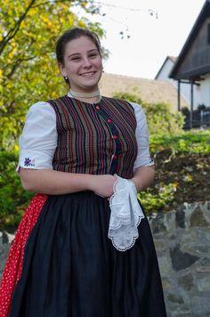 Palócország szivárványszínű viselete (II.) | NOOL Perm, Costumes, Popular, Times, History, Style, Fashion, Swag, Moda