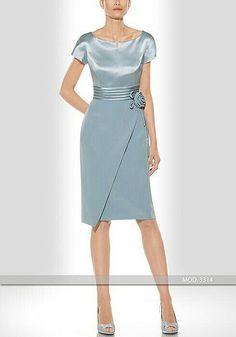 Mother or the Bride or Groom Vestido de madrina corto de Teresa Ripoll modelo 3314 Elegant Dresses, Pretty Dresses, Modest Fashion, Fashion Dresses, Elegantes Outfit, Mom Dress, Mothers Dresses, Bride Dresses, Short Dresses