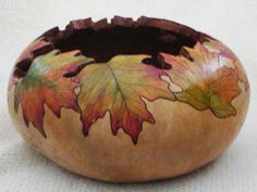 gourd art by Susan Zanella  love the shading