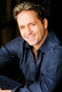American actor born in Brazil Guy Ecker. I've had a HUGE crush on him since like, for ever!!