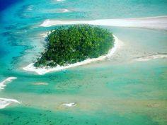 @jasonnaude -  Blues and greens for days. @ninamu.resort #tahiti #frenchpolynesia #island #vibes #paradise