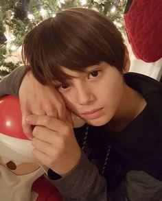 Image may contain: 1 person, closeup Cute Korean Boys, Cute Boys, Tim Burton, Beautiful Boy Image, Cute Boy Hairstyles, Kids Cast, Beauty Of Boys, Ulzzang Kids, Asian Kids