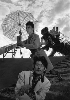 Les Rita Mitsouko (guitarist Fred Chichin and singer Catherine Ringer) - French pop rock group. Robert Doisneau, Henri Cartier Bresson, Man Ray, Catherine Ringer, Exposition Photo, French Pop, Eartha Kitt, Portraits, French Photographers