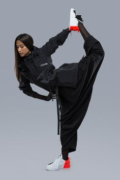 ACRONYM 2017 Spring/Summer Collection: Even more functional than before. Moda Cyberpunk, Cyberpunk Fashion, Cyberpunk 2020, Cyberpunk Clothes, Cyberpunk Girl, Cool Outfits, Fashion Outfits, Steampunk Fashion, Gothic Fashion