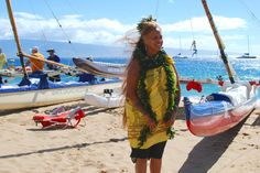Kā'anapali Beach Resort will welcome 60 of the best watermen and women who practice ancient Hawaiian canoe sailing at the 11th annual Wa'a Kiakahi festival, June 5-7. Events will include traditional Hawaiian ceremonies, sailing canoe rides, and educational talks about celestial navigation and water skills. #waakiakahi #maui