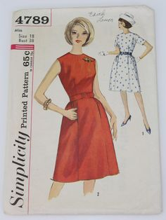 Retro Sewing Pattern (Simplicity : -Simplicity Womens one piece classic style dress, round neck, fitted at the waist, back zipper and option for self fabric belt or purchased belt. 1960s Dresses, 1960s Outfits, Vintage Dresses, Vintage Outfits, Vintage Dress Patterns, Clothing Patterns, 60s Patterns, Simplicity Patterns, 1960s Fashion