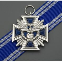 High Quality NSDAP 15 Years Service Medal reproduction for sale Army Medals, Grand Cross, Germany Ww2, Skull Wallpaper, Ww2 History, German Uniforms, Military Insignia, War Image, Arts Award