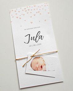 Geboortekaartje meisje hartjes regen met los fotolabeltje. www.fientje-en-co.nl.