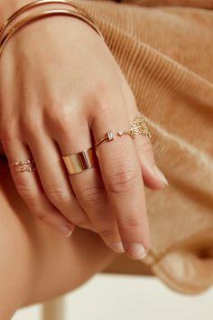 Three Stone Moissanite Engagement Ring Set White Gold Moissanite Ring Flower Engagement Ring with Matching Diamond Band - Fine Jewelry Ideas Diamond Cluster Ring, Diamond Bands, Diamond Wedding Bands, Wedding Rings, Engagement Ring Settings, Vintage Engagement Rings, Diamond Engagement Rings, Dainty Earrings, Diamond Earrings