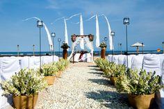 Beach wedding at amanusa