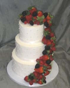 how to ice a fruit wedding cake 1000 images about fruit topped wedding cakes on 15743