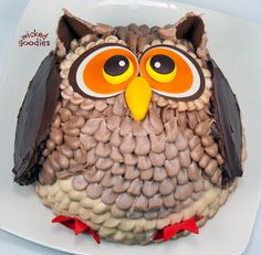 Owl cake by Wicked Goodies, decorated in buttercream and modeling chocolate