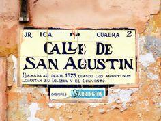 Cacería Tipográfica N° 18: Señal en cerámico en el centro de Lima, Perú