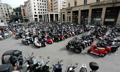 Piazza Ferrari, Geoa. There are an estimated 180,000 motorbikes and scooters in the city. Dont Touch Me, Vespa Scooters, Italian Beauty, Genoa, All Over The World, Motorbikes, Ferrari, Urban, City