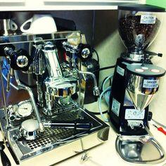 Rocket Espresso Machine with Mazzer Mini Electronic Grinder