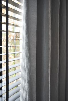 RTLWM Voorjaar 2015 afl.3 Plisse dupligordijnen Energy, kleur Snow drift van Veneta. De beste kwaliteit raamdecoratie, tot wel 40% goedkoper dan bij de speciaalzaak! Veneta maakt al meer dan 40 jaar raamdecoratie en nu kunt ook u direct bij de fabriek kopen. http://www.veneta.com/tv/