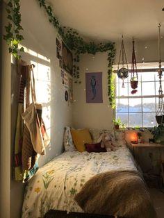 Indie Room Decor, Aesthetic Room Decor, Indie Dorm Room, Aesthetic Art, Room Ideas Bedroom, Bedroom Decor, Bedroom Lamps, Bedroom Inspo, Study Room Decor