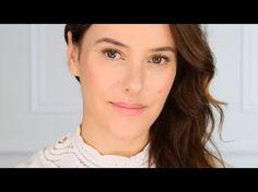 Interesting product  Une révolution maquillage : Miracle Cushion de Lancôme présenté par Lisa Eldridge - YouTub