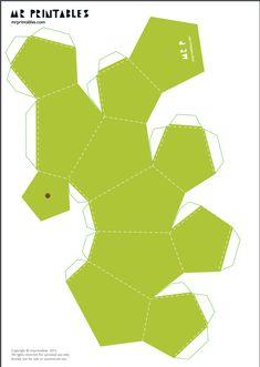 Eu Amo Artesanato: Frutas de papel com molde Paper Fruit, Geometric Origami, 3d Origami, Paper Crafts Origami, Paper Artwork, Paper Toys, Scrapbook Paper, Packaging Design, Diy And Crafts