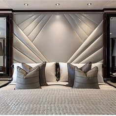 This is a Bedroom Interior Design Ideas. House is a private bedroom and is usually hidden from our guests. However, it is important to her, not only for comfort but also style. Much of our bedroom … Luxury Bedroom Design, Master Bedroom Design, Home Decor Bedroom, Modern Bedroom, Bedroom Ideas, Interior Design, Contemporary Bedroom, Bedroom Furniture, Furniture Design